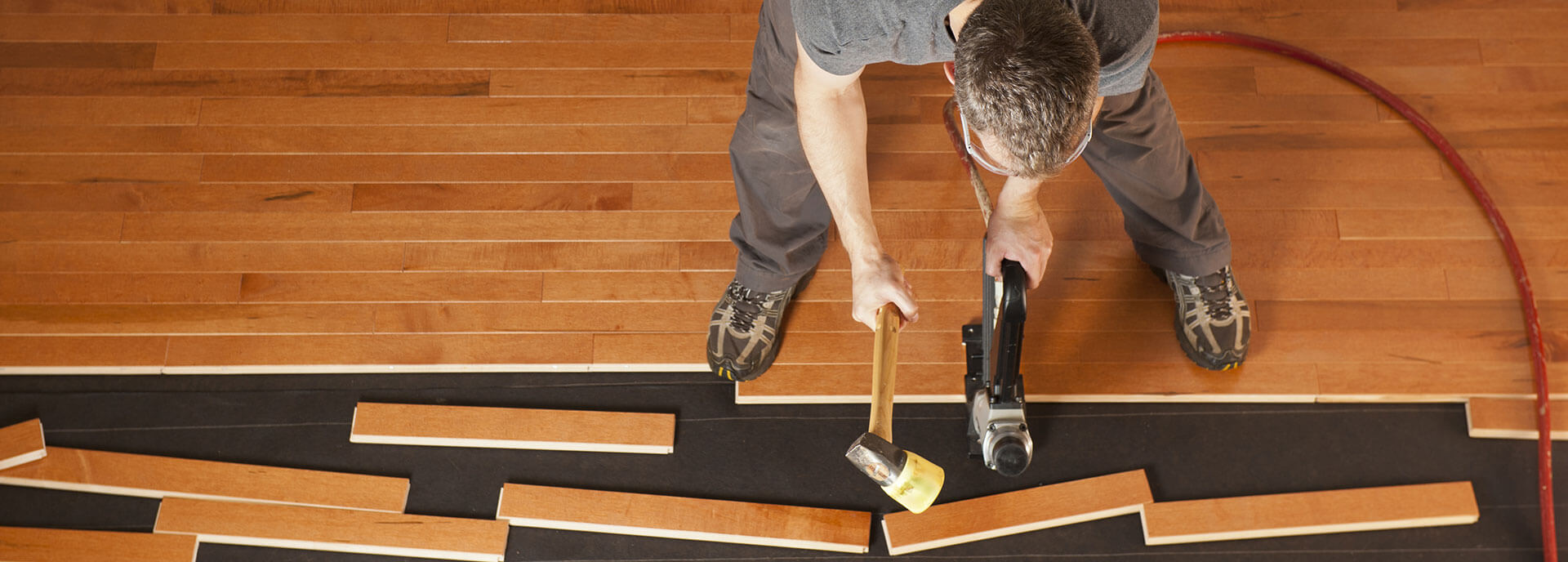 Hardwood flooring contractor working in Fond du Lac, WI